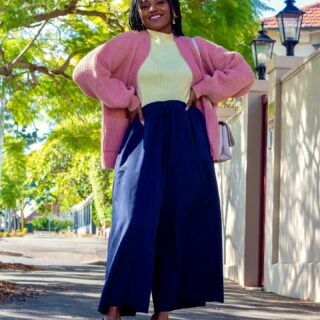 Happy new month!! Wow!! We are in June already- how?   Full outfit @featherandnoise   . #featherandnoise #sonishstyle #june2021 #cardigan